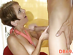 Clips porno orgía - mamá caliente folla