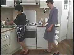 Russian sex videos - moms fuck