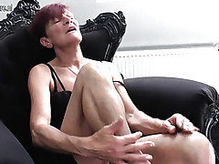Sex Toy Porno Clips - Mutter hart gefickt