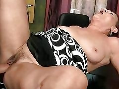 Tubo porno Ginger - moglie video porno