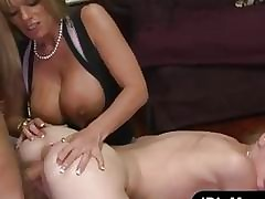 Kristal Summers porno videos - milfs tube
