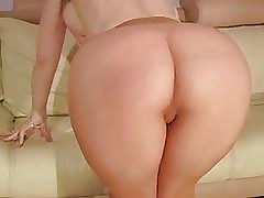 Porno video - sex hungry moms